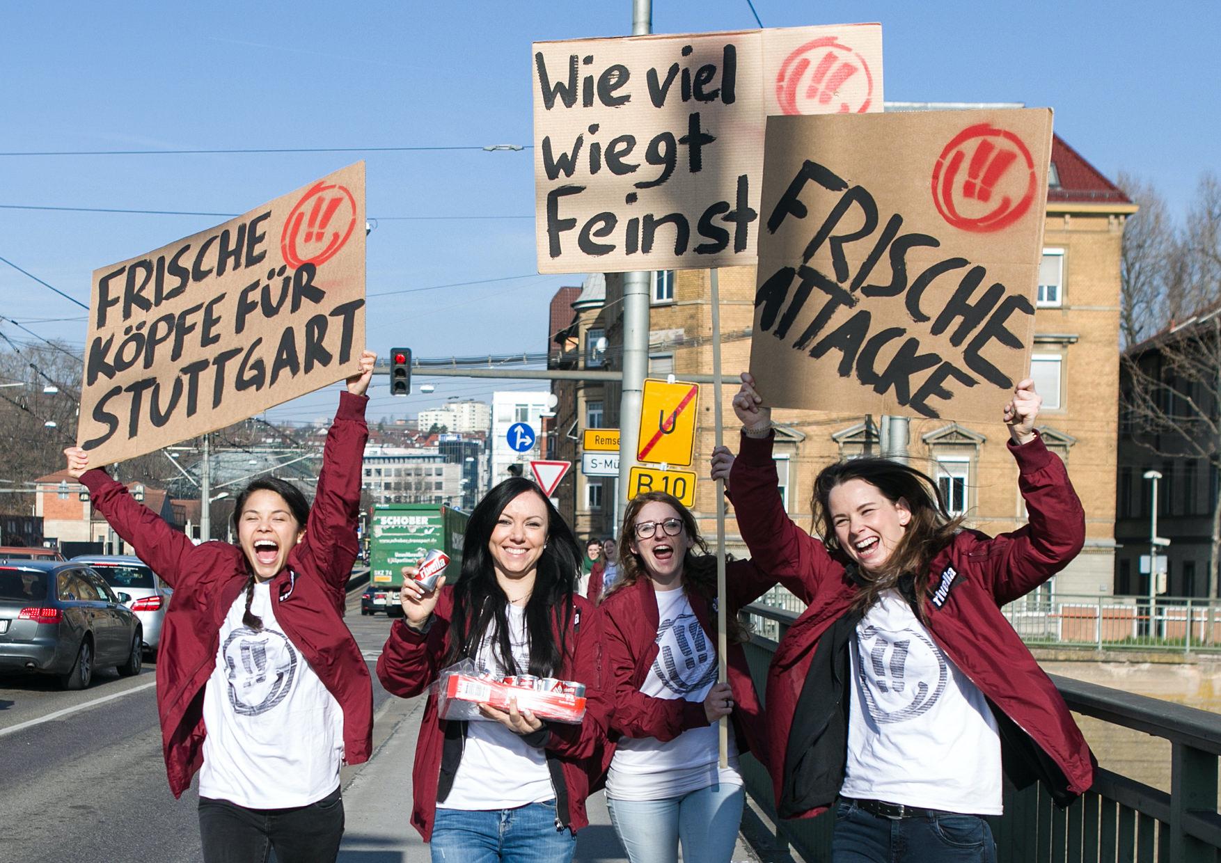 Frische Köpfe für Stuttgart Rivella Demo Aktion