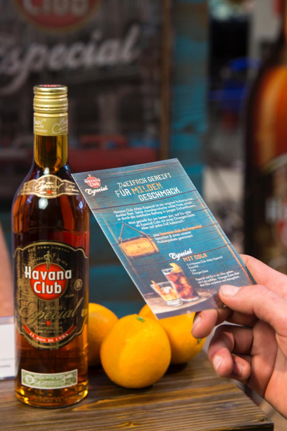 Havana Club Flasche und Flyer