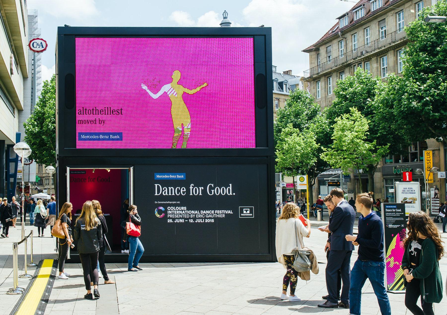 Dance for Good Vidibox in der Stuttgarter Innenstadt